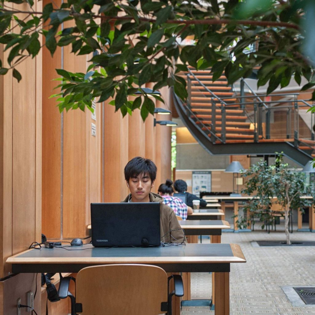 UBC-Faculty-of-Forestry-Dedicated-Study-Space-Studying